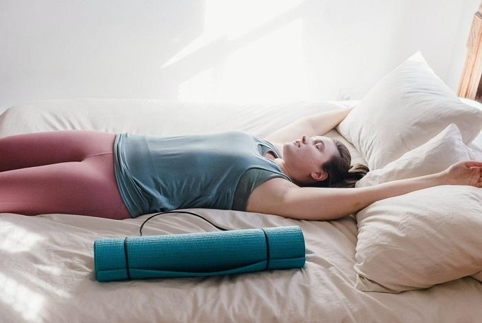 online cursus yoga herstel longCovid en bij klachten na Corona zoals vermoeidheid.
